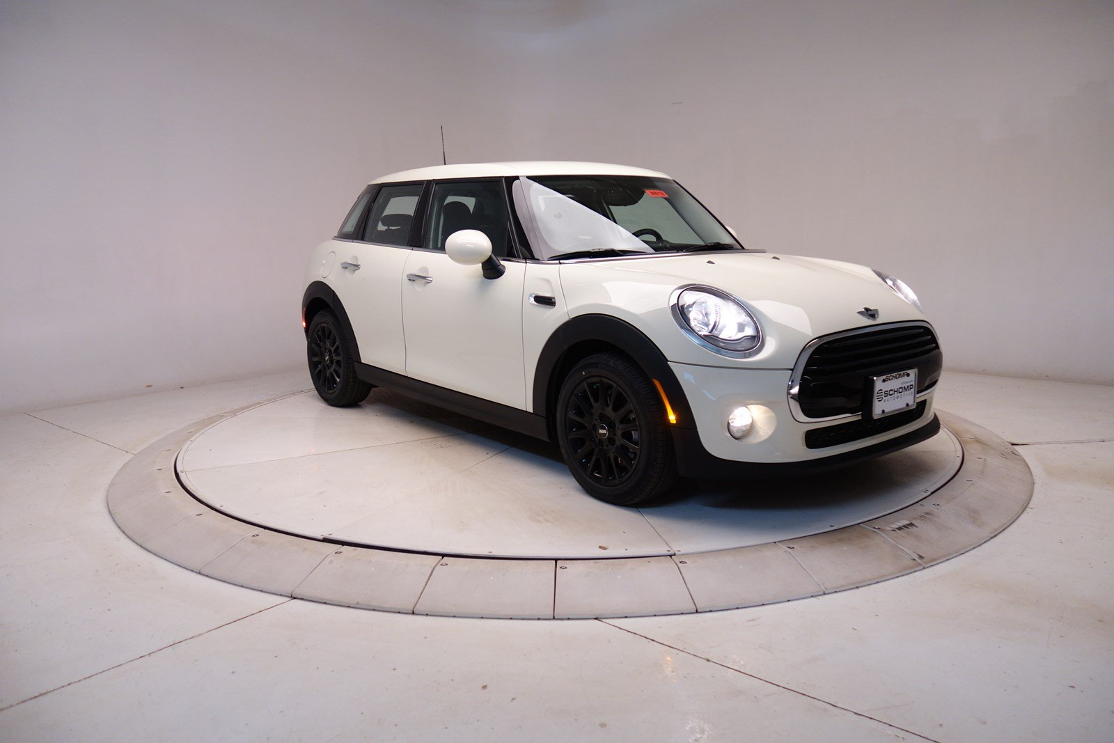 2018 MINI Hardtop 4 Door Hatchback Pricing - For Sale | Edmunds